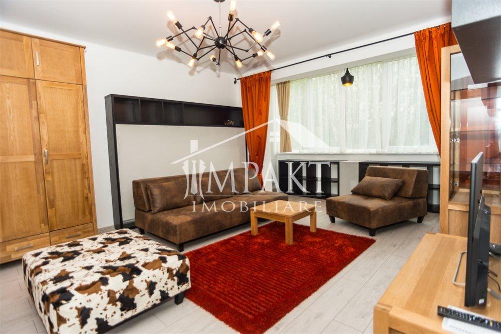 Apartament de vanzare 4 camere  in Cluj Napoca - cartierul Plopilor