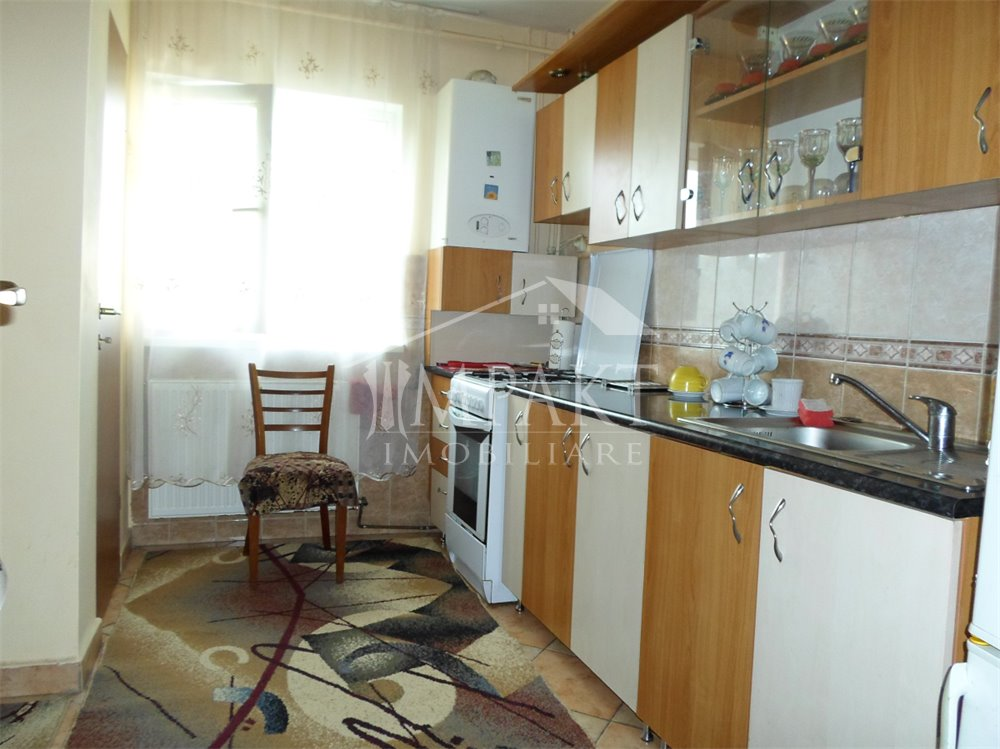 Apartament de vanzare 4 camere  in Cluj Napoca - cartierul Zorilor