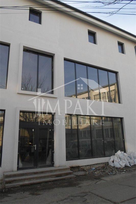 Spatiu de vanzare 2 camere  in Cluj Napoca - cartierul Bulgaria