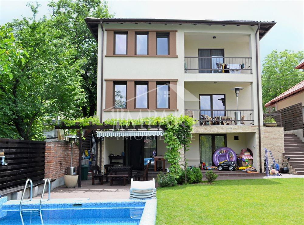 Casa de inchiriat 5 camere  in Cluj Napoca -  Andrei Muresanu