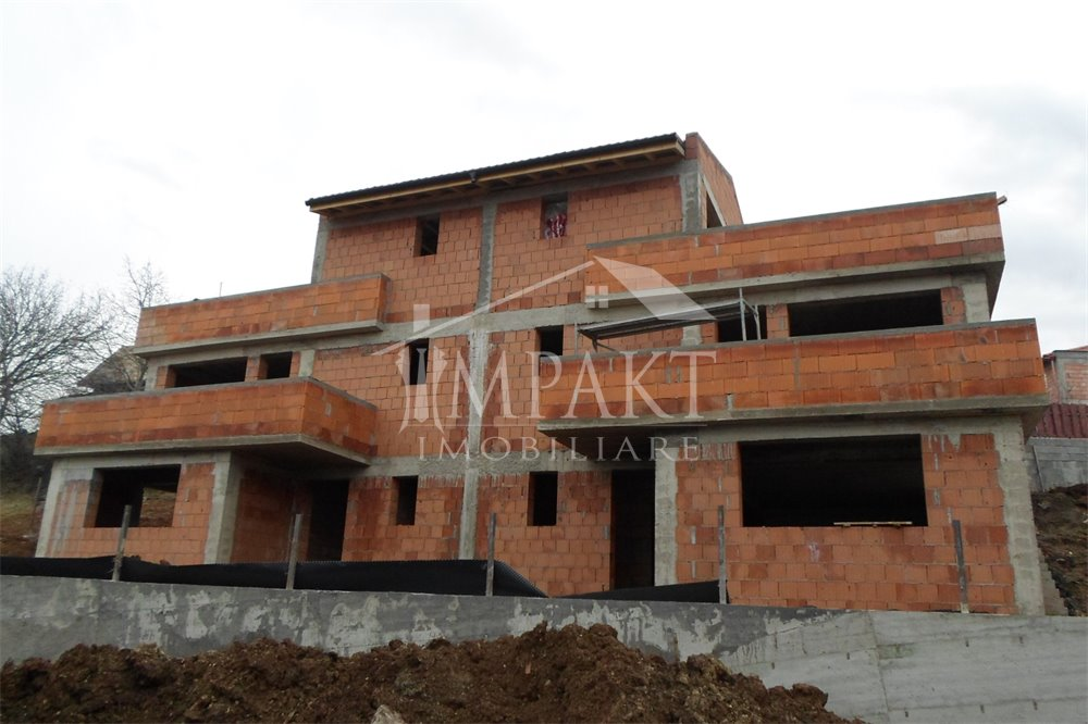 Casa de vanzare 4 camere  in Cluj Napoca - zona Gruia