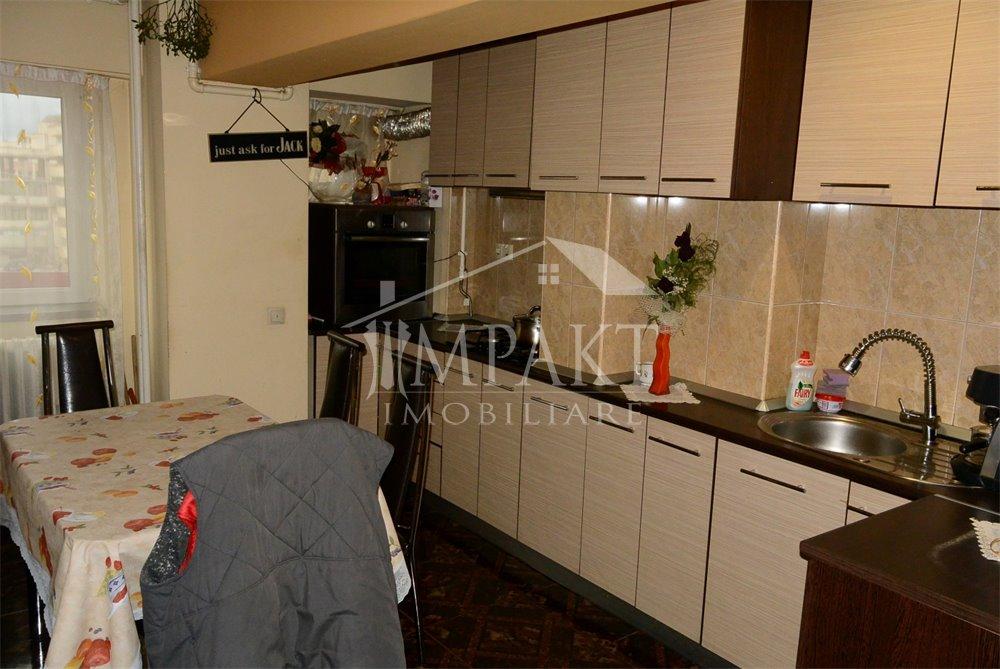 Apartament de vanzare 3 camere  in Cluj Napoca - cartierul Marasti