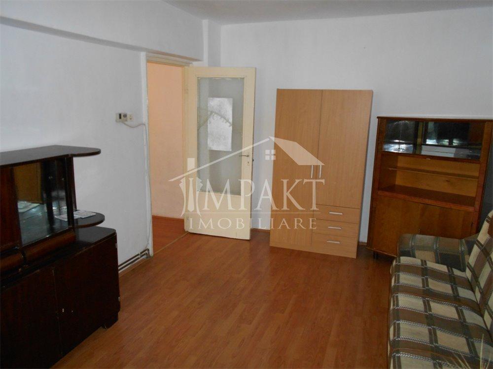 Apartament de inchiriat 3 camere  in Cluj Napoca - cartierul Zorilor