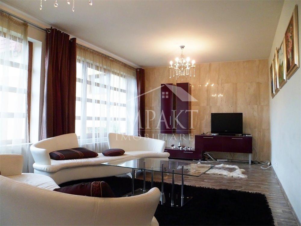 Apartament de vanzare 3 camere  in Cluj Napoca - cartierul Zorilor