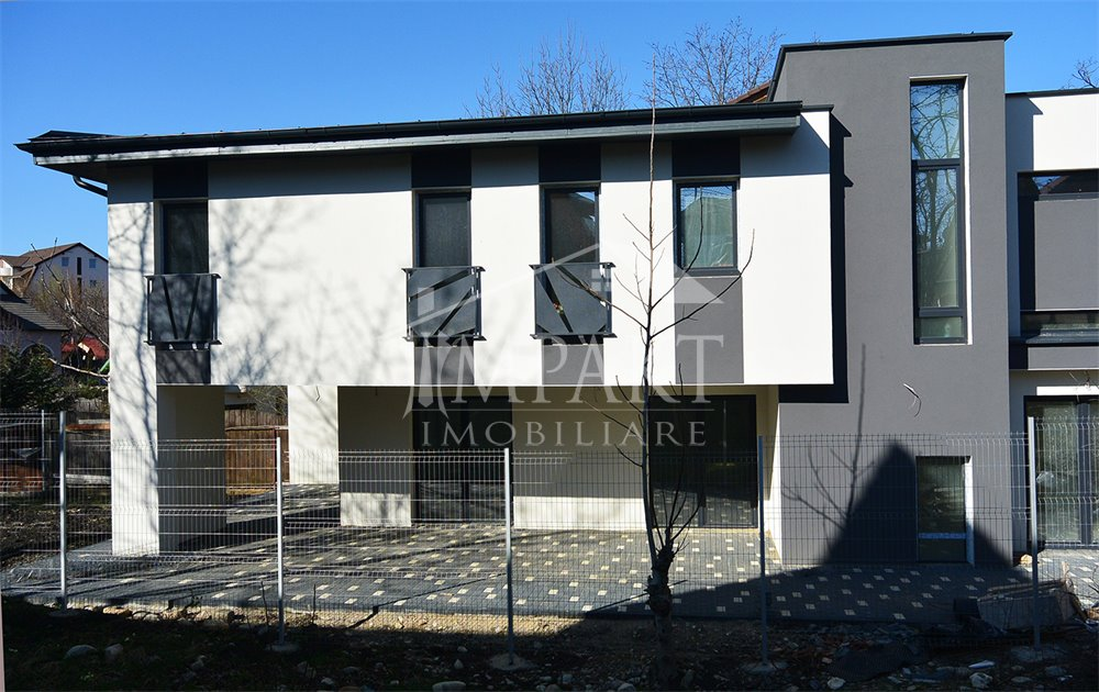 Casa de vanzare 4 camere  in Cluj Napoca -  Andrei Muresanu